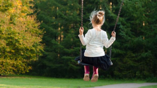 Les enfants et les jeunes atteints de cancer qui ont rechuté peuvent accéder rapidement à de nouveaux traitements, grâce à un nouvel essai de Cancer Research UK